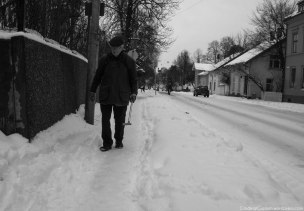 B&W winter street photo.