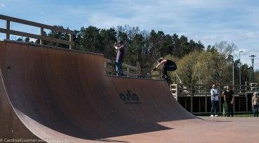Inline skaters at the skateboard area by Bygdøylokket.